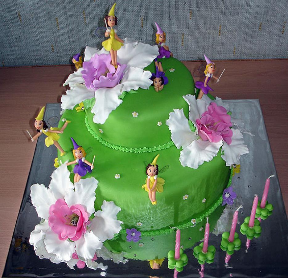 Елена, я бронировала вчера дату 6 сентября (дочке 5 лет), торт до 4 кг. .  Можно сделать что-то подобное?? .